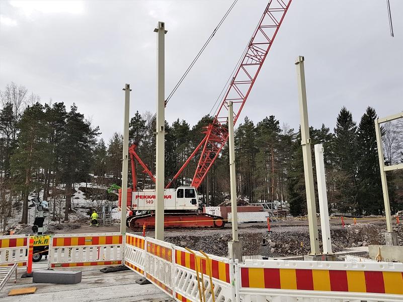 Rakennustyömailla todettu useita tautirypäitä Suomessa – koronaepidemian torjuntaa tehostettava työmailla